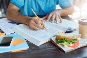 lavorare durante gli studi