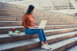 lavoro e studio universitario